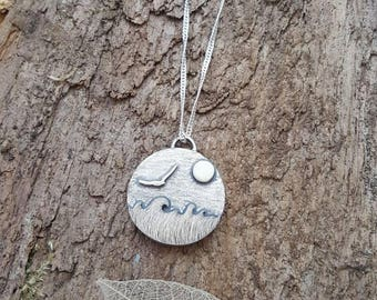 Handmade 925 sterling silver seascape and sea gull/bird pendant/necklace