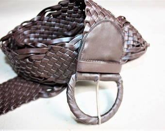 Brown Woven Vintage Belt ... a Fashionista Statement Piece Can fit for Size S and M and L