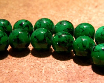 marbled speckled glass - 10 mm - Green - PF18 20 beads
