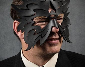 Lightning Leather Mask in Black