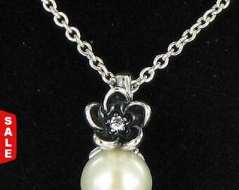 Sale -  Authentic Pandora Mystic Flower & Pearl Necklace 390363P-45 Retired