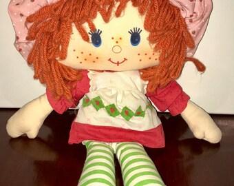 1981 American Greetings Kenner Strawberry Shortcake rag doll