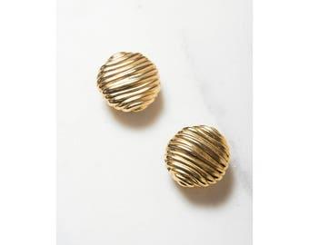 1980s Earrings . Gold Earrings . Clip On . Statement Jewelry