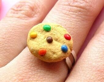 Rainbow Chocolate Chip Cookie Ring