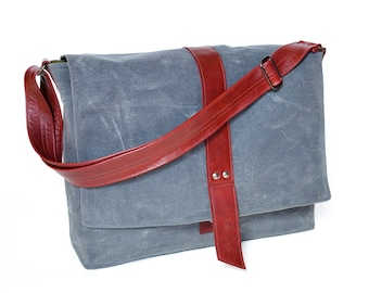 Messenger Bag Waxed Canvas, Laptop Courier Despatch Crossbody Bag for Work, Adjustable Strap Bag with Flap Closure - The Sloane Bag in Stone