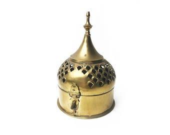 Vintage brass trinket box / cricket box