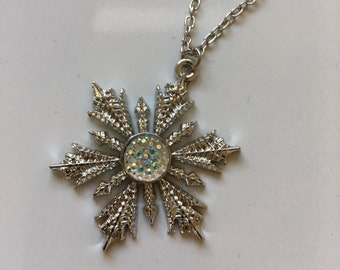 Once Upon a Time necklace of Anna