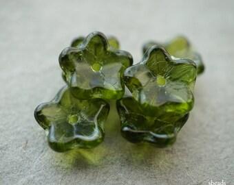 Lit'l  Bellflowers, Czech Beads, Beads, D17
