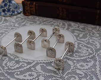 6 Beautiful knife rests, silver plated, vintage