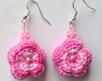 Earrings with pink fleshy little amigurumi flowers