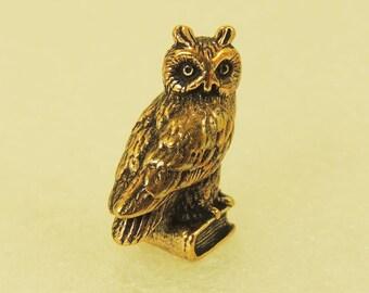 Figurine Оwl On A Book