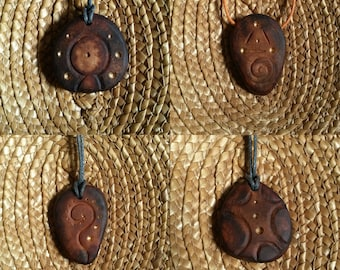 Space voyager !  / Avocado stone necklace , avocado pit pendant , seed carving / natural jewelry , handcraft