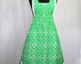 Bohemian 70s psychedelic green tile print lace trimmed pinafore bib dress size S/M