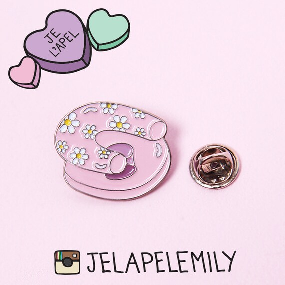 Daisy Inflatable Chair Lapel Pin