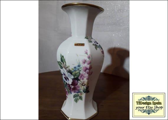 Jarrón porcelana fina filo oro, Jarrón porcelana blanca con flores, Jarrón porcelana comprar, Jarrón porcelana regalo, Jarrón blanco 26 cm