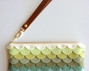 Wristlet Wallet Women Wool Felt Bag Felt Zipper Pouch Violet Handbag Colorful Fashion Wristlet Clutch Gifts for Girlfriends iPhone Wallet