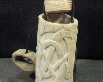 box in deer Antler. Single piece.