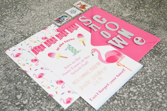 Flamingo Themed Birthday Party Invitations - Little Girl's Birthday Party, First Birthday - Pack of 25