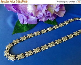 Mothers Day Sale Vintage Silver Tone and Rhinestone Floral Link Necklace, Rhinestone Flower Necklace, Elegant Rhinestone Link Necklace