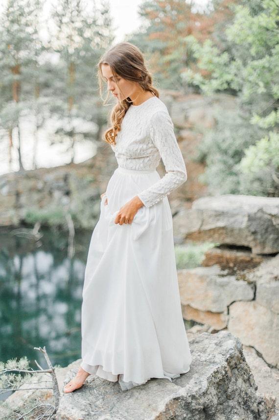 Brautkleid mit langen Ärmeln Spitze Mieder