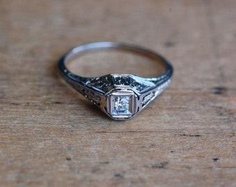 Vintage 1930s Art Deco 18K old cut diamond solitaire engagement ring
