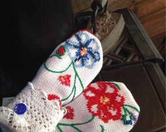 Floral repurposed  sweater mittens, medium