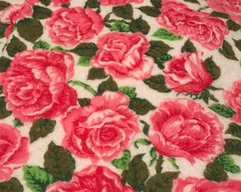New Vintage Classic Rose Owen Blanket Pink