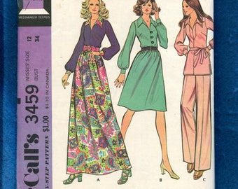 1970's McCall's 3459 Retro Blouse with Large Pointed Collar & Full Skirt Pattern Size 12