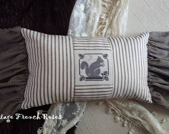 Squirrel Pillow Vintage Style 10X16 X-Stitch  Lumbar Ruffled Autumn Fall Harvest Romantic Shabby Chic Cottage French Farmhouse Style Decor