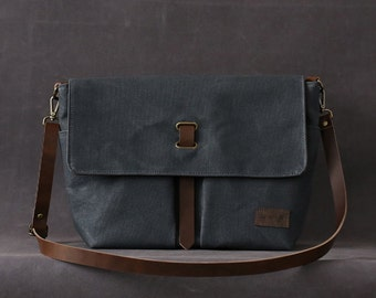 Waxed Canvas Crossbody Bag, Messenger Bag, Travel Bag, Bag for Women, Leather, CATHERINE grey
