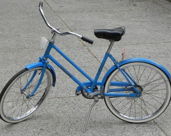 """Rare Raleigh Mountie Vintage Child's Bicycle, Blue, 20"""" Bike"""
