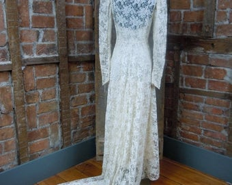 On Sale 1930's Wedding Gown/ Lace Wedding Gown Dress Bias cut Button Front Lace Head to TOE 823