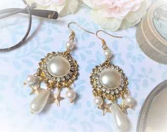 Earrings Victorian brass and mother of Pearl White