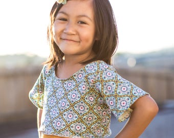 Patterned Short Sleeve Crop Top In Spring Colors For Toddlers Girls Tween Junior