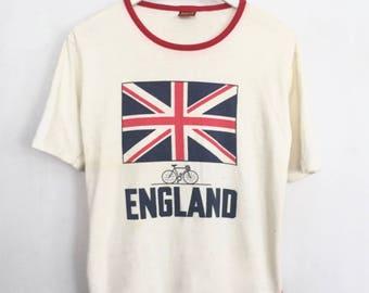 British Flag shirt 1970s vintage t shirt England ringer tee Mod UK tshirt punk 70s clothing baseball shirt scoop neck red + white medium