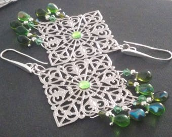 Earrings: Filigreed prints and glass beads - with or without a central rhinestone