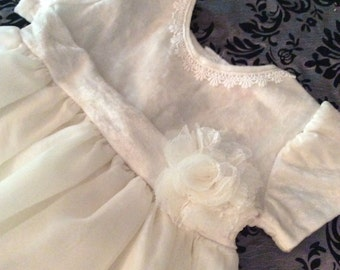 Ivory flowergirl dress/2t/Ivory/vintage/Flowergirl/toddler/wedding/baby girl clothing/girls clothing