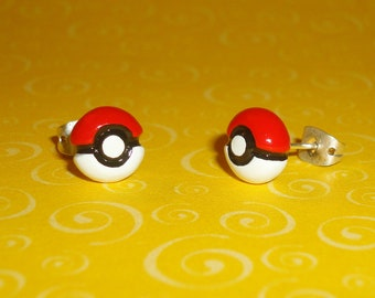 Pokemon - Tiny Pokeball Stud Earrings
