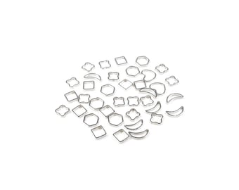 30 mini - mixture of shapes - 5 to 8mm silver color Metal connectors