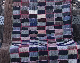Vintage very sturdy hand made wool and flannel quilt circa 1940s