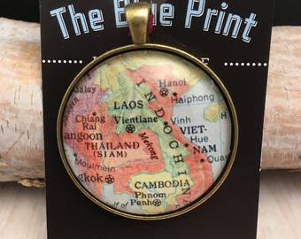 LAOS Christmas Ornament, Keep a memory Alive / HONEYMOON Gift / Wedding Map Gift / Travel Tree Ornament / Corporate gift