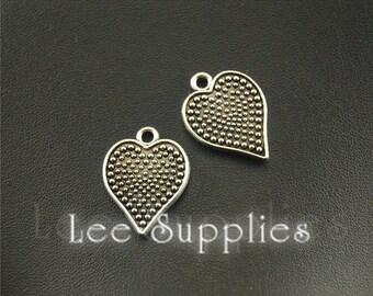 20pcs Antique Silver Love Heart Charms Pendant A1547