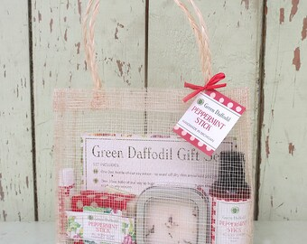Peppermint Stick Large Gift Set - Mesh Tote - Green Daffodil
