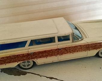 Vintage Tin 1966 Ford Galaxy Woody Station Wagon Toy, Yonezawa Japan