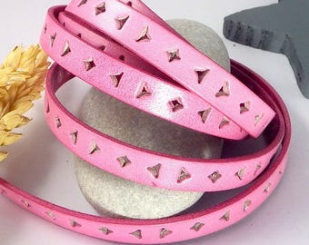 1 meter of 10mm flat leather perforated triangle and pink square 20 cm