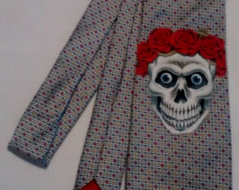 skull roses and vintage kitsch necktie