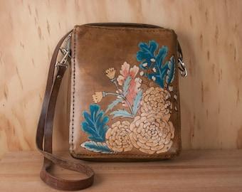 Sac bandoulière - cuir moyen Womens sac à main avec fermeture à glissière - fleurs + plumes - Proverbes 31 motif Orange, rose, Turquoise + marron Antique