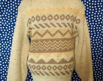 Vintage crewneck sweater, geometric pattern with rainbow flecks, fits like a medium