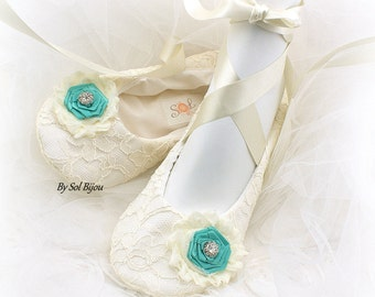 Lace Ballet Flats,Ivory and Turquoise,Aqua Blue,Ballet Slippers,Ballet Flats,Wedding, Ballerina Slippers,Flower Girl Flats,Vintage Style