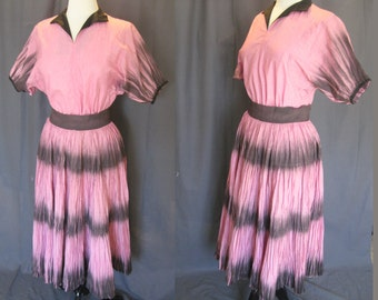 Vintage 1940s 1950s Bubble Gum Pink, Painted Black Accents, Mexican Fiesta Circle Skirt Set, 40s Fortuny Pleated Patio Set, Rockabilly / Med